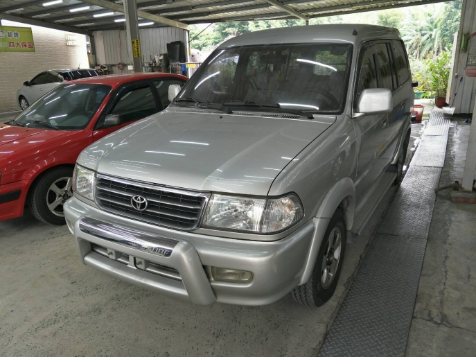 2001年 瑞獅  廂車  1.8L